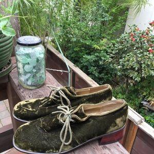 Vintage Green Velvet Wooden Heel Shoes